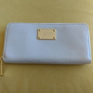 Micharl kors wallet